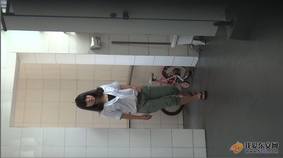 拍女厕所图片 农村沟厕随拍四女 图,张柏芝没处理过的图拍